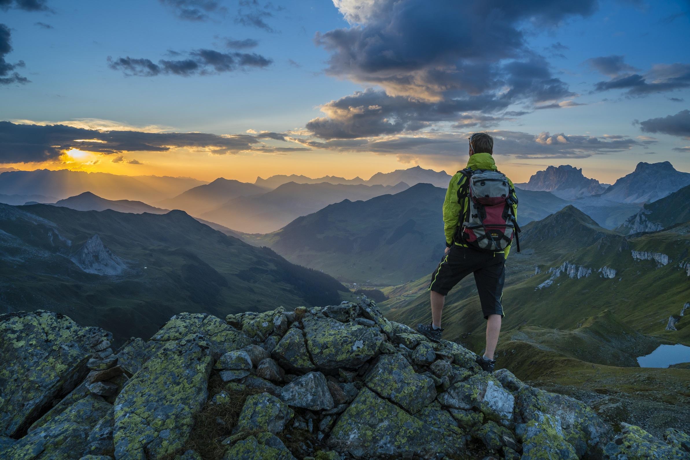 Wandertouren durch die Alpen vom Basecamp ins Paznaun